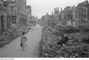 Dresden after Allied Bombing taken by Abraham Pisarek Deutsche Fotothek‎ [CC BY-SA 3.0 de (http://creativecommons.org/licenses/by-sa/3.0/de/deed.en)], via Wikimedia Commons